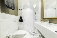 StandardFamily__Hotel-Sveitsi_AE3Z2946-1280x853